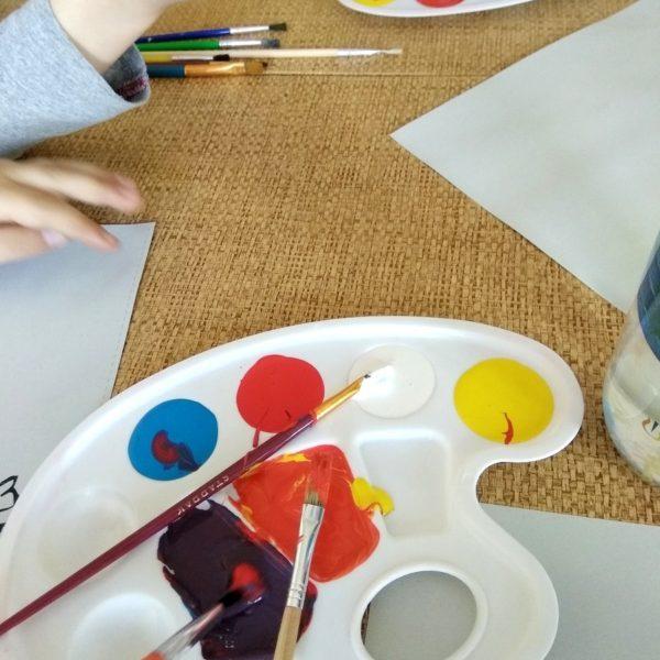 Malujemy farbami na warszatach językowo-artystycznych